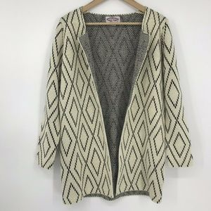 Oliver by Escio Open Front Cardigan Ivory Black